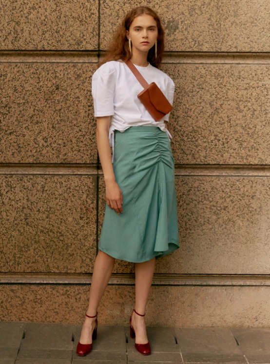 Shirring Midi Skirt in Green VW9AS0620